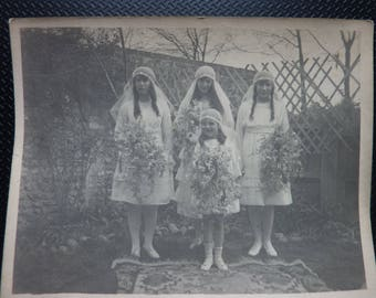 6 ANTIQUE WEDDING PHOTOGRAPHS..original vintage photos..bride & groom..bridesmaids..Edwardian 1910s 1920s 1930s 1940 scrapbooking cardmaking