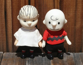 Set of Two Peanuts Pocket Dolls Molded Vinyl Charlie Brown and Linus Doll