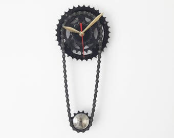 Bike gear clock, bicycle gear clock, gift for boys, gift for him, sprocket clock, bike clock, gift for dad, bicycle clock