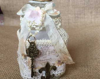Shabby chic Altered Bottle Lace Bottle, French chic Decor, Shabby Chic Bottle, Cottage chic décor, Decorated Glass Bottle