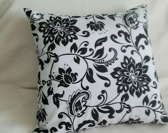 Black White Pillow Cover - Riley Blake Designs - Swappillow Covers - Envelope Closure - Decorative Cover- 16x16 - Throw Pillow - Home Decor