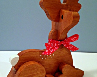 Small Wooden Reindeer Sitting