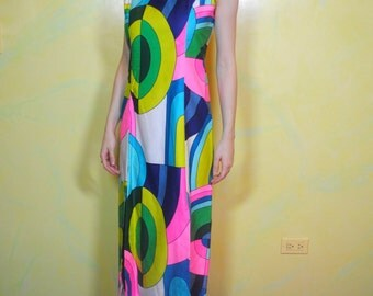 1960s Psychedelic Colorful Geometric Print Maxi Dress