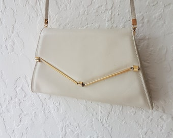 White leather Purse • Vintage purse • Leather clutch • 1960s bag • Evening Bag • Vintage Crossbody