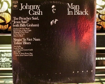 JOHNNY CASH RECORD - Man In Black - Rare Vintage Vinyl Record - Collectible Lp - Add to your country collection! -  !