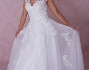 Plus size wedding dress, normal size, pemium vintage lace