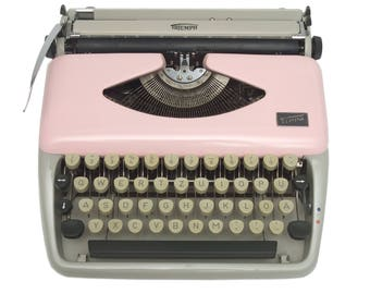 Pink Typewriter - Fully Working - Triumph Tippa - Custom Painted - Serviced - Vintage Typewriter