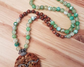 Woman-18 necklace, Jade, hematite, Goldstone and agate.