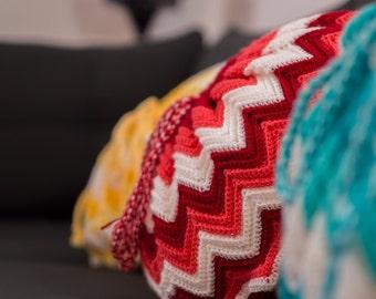 Star-shaped cushion - handmade with acrylic wool