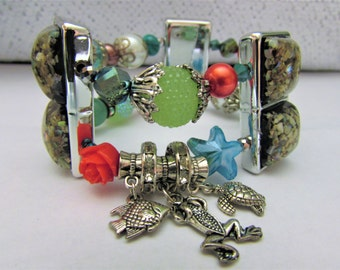 Silver, Green, Red and Blue Ocean Beach Theme Charm Bracelet, Frog, Fish, and Turtle Charms, Double Strand Stretch String