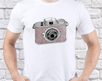 Vintage Camera; Comet; Camera; Photography; Mens tshirt; Men shirt; Photographer Gift; Graphic t shirt; Retro tee; Girl t-shirt; (CAM01)