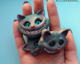Cheshire Cat brooch, animal Cat Jewelry, polymer clay animal cat, Alice in Wonderland, animal brooch, fantasy, animal cat, grey cat jewel