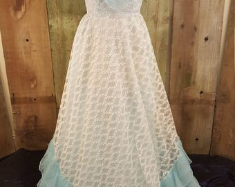 Vintage Dance Allure Lace Party Dress