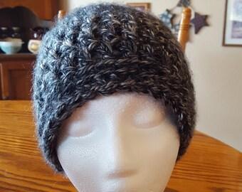 Black Chunky Yarn Messy Bun Beanie, Black Messy Bun Beanie, Messy Bun Hat, Top Knot Hat, Chunky Yarn Messy Bun Hat, Crochet Messy Bun Beanie