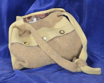 Beige Wool Bag Made from 100% Reclaimed Materials