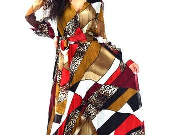 Abstract Long Sleeve Maxi Dress