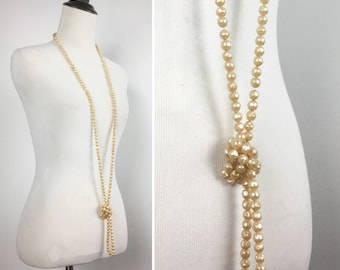 Pearl Rope Necklace - Long Strand of Faux Pearls - Off-White Beige Peach Champagne - Versatile Classic Vintage - Wear Long, Knotted, Wrapped