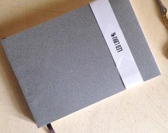 Hand Sewn Sketchbook (Piccolo 5 x 7 x 1/2 inches) - Leo Libri