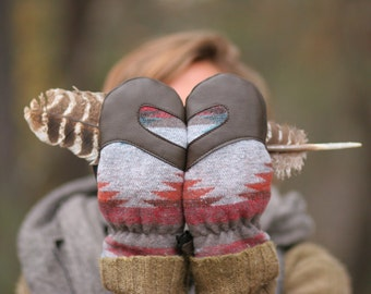 Mittens| Wool and Leather Mittens | Trail Mitten | Blanket Wool and Deerskin leather mitten