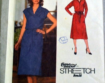 Uncut Vintage 1979 Sewing Pattern Simplicity 9081 Misses' Pullover Dress Bust 36-40 inches UNCUT