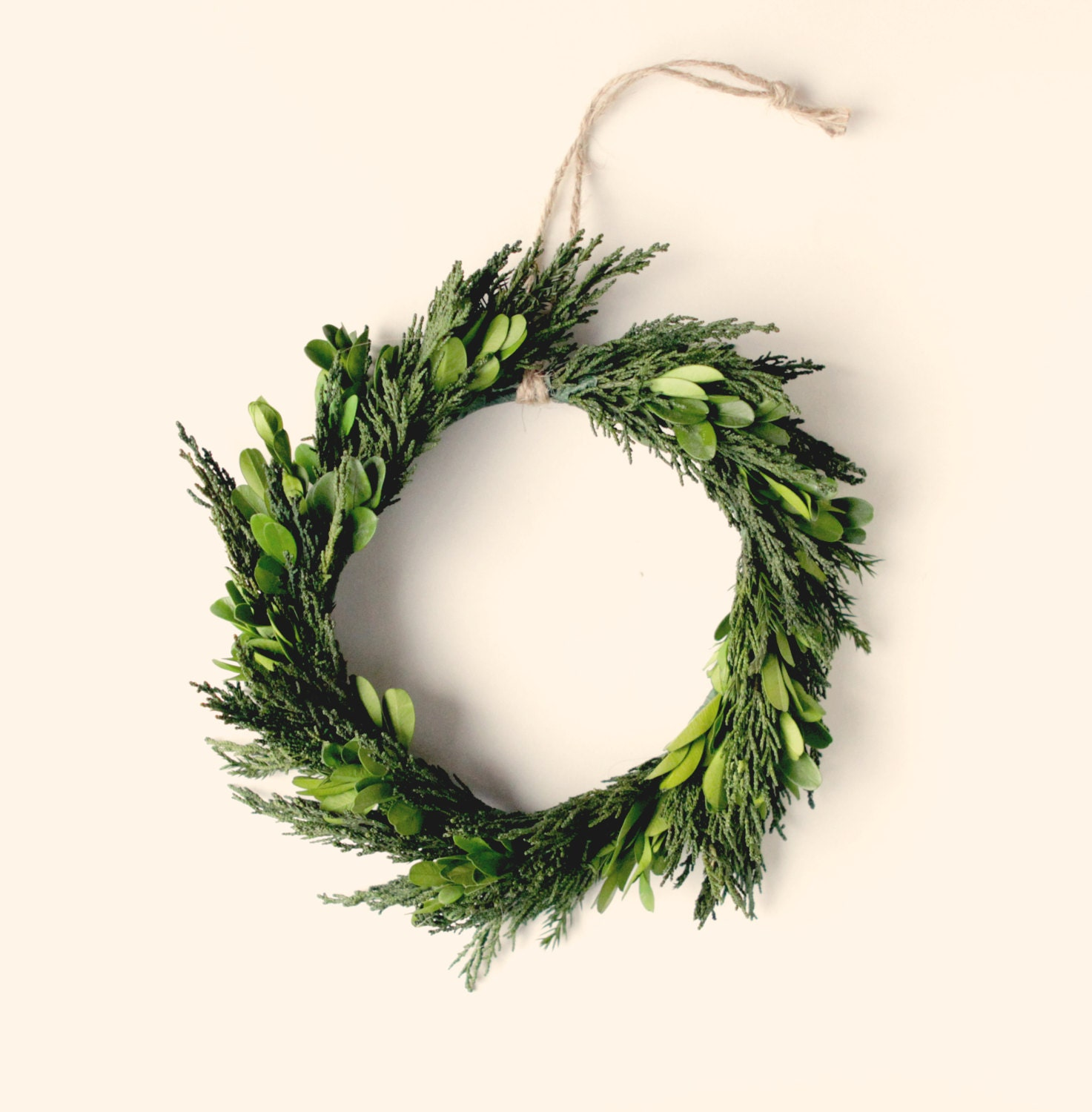 natural home decor, preserved wreath, boxwood and cypress, leaf