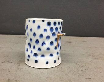 polka blue