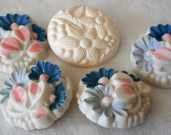 Set of 4 plus 1 VINTAGE Painted Pastel Flower on White Plastic BUTTONS