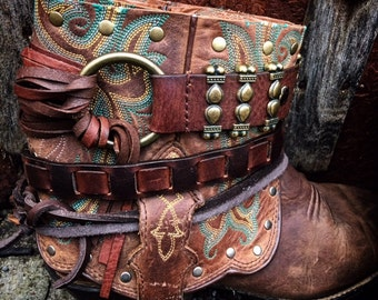 OLD WEST Cheyenne Bohemian Reworked Leather Boots. Women's Size 7 US // Ready to Ship