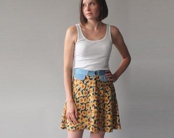 sunflower mini skirt | 90s denim floral skirt | small