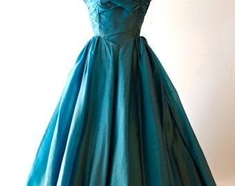 Vintage 1950's Iridescent Teal Full Skirt Party Dress  ~ Vintage 50s TEAL TEMPTATION Silk Organza Cocktail Party Dress