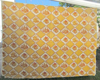 Vintage Tablecloth, Dutch Motifs, Gold and Brown Tablecloth, Cotton Tablecloth, Floral Tablecloth, Table Covering, Retro Kitchen, Diamonds