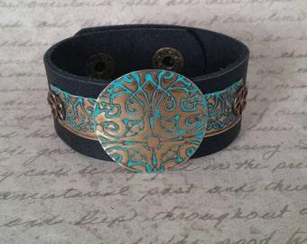Leather Cuff Bracelet for Women, Vintaj Jewelry, Bohemian Jewelry, Cuff Bracelet,  Leather Metal Bracelet, Brass Jewelry, Boho Jewelry