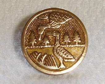 Chinese gilted Brass Button with Cranes - Eastern Trade Button with Happiness sign on back