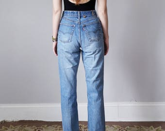 levis 501 jeans / denim 80s medium blue wash faded high waist straight leg (s - m)
