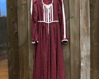 Vintage Gunne Sax Dress Maxi Length Bohemian Fashion Long Sleeves Burgundy and White Floral With White Lace Vintage From Nowvintage on Etsy