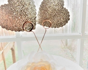 CAKE TOPPERS Wire Photo Card Holders Wedding Cake Topper Picture Holder Cake Decorations Cupcake Toppers Set of 2 Food Safe For Cake Decor