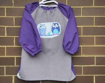 Back to school kids art smock, long sleeve waterproof front craft apron. Fits age 5 to 8. Purple with owls.