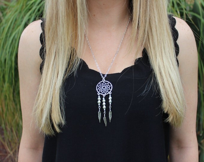 Silver Dreamcatcher Necklace.