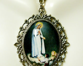 Our lady of Fatima necklace - AP09-404