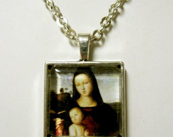 Madonna and child pendant and chain - AP28-002