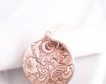 "Shop ""gold locket"" in Necklaces"