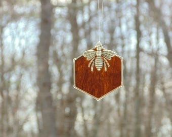 Stained glass bee suncatcher, beehive honeycomb, queen bee ornament, home decor, bee keeping gift under 20, bee decorations, bumble bee hive
