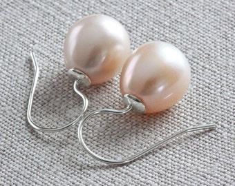 Natural Pearl Earrings, Peach Pearl Drop Earrings, Freshwater Pearl Earrings, Sterling Silver Dangle Earrings, Pearl Wedding Jewelry for Her