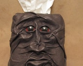 "Grichels leather tissue box cover - ""Glanoon"" 29277 - bronze with red carousel horse eyes"