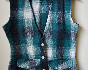Vintage Green Plaid Womens Wool Vest sz. Small