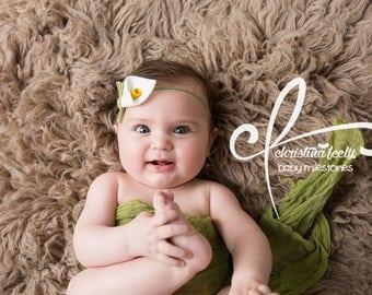 Calla Lily- felt flower newborn headband bow in white