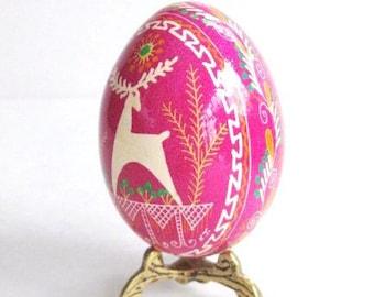 ostereier ukrainische Pink Pysanka egg reindeer Ornament chicken egg shell hand painted batik Ukrainian Easter egg