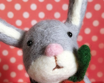 Needle Felting Easter Rabbit with Carrot and Easter Eggs Basket/Felted Bunny Rabbit / Bunny Soft Wool Sculpture