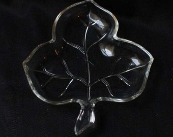 Vintage Glass Leaf Candy Dish Nuts Dish Pickle Dish Relish Dish Jewelry Dish