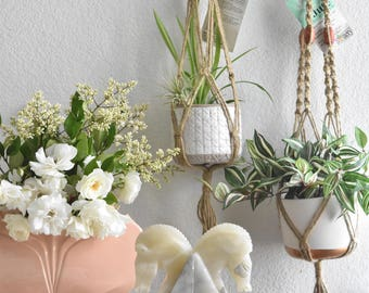 vintage jute macrame planter hanger / indoor plant holder / hanging pot / bohemian